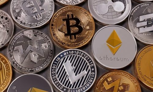 Altcoins Perform Poorly, Bitcoin Shines