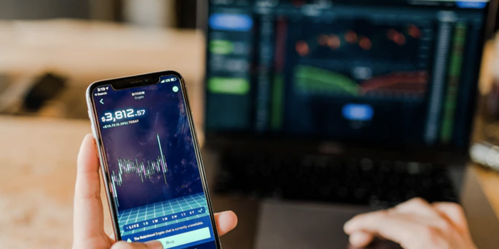 Analyst: Bitcoin Continues to Tread Shaky Grounds